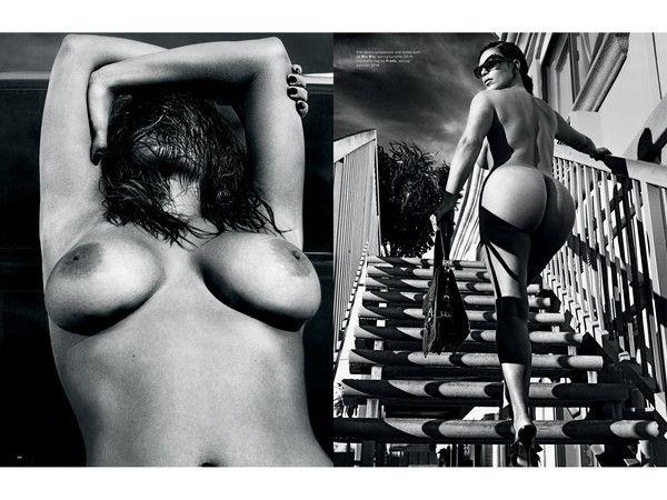 Kim Kardashian nue intégrale !