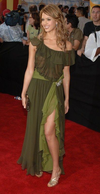 Jessica Alba Topless !